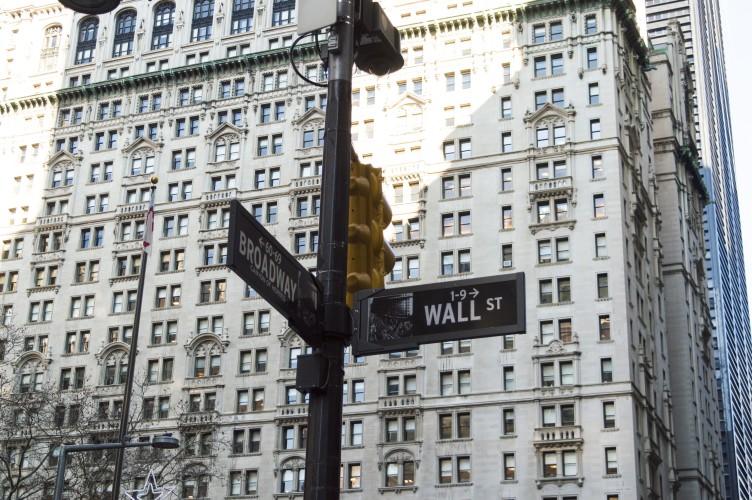 Wer Erhält Das Globale Finanzsystem Eigentlich Am Leben Kenfmde