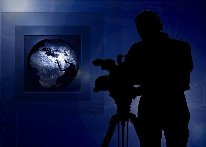 cameraman-203609_1280