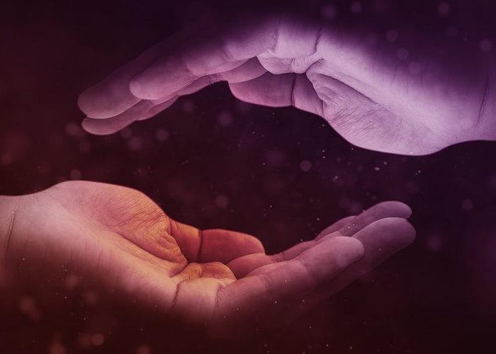 hands-1947915_1280