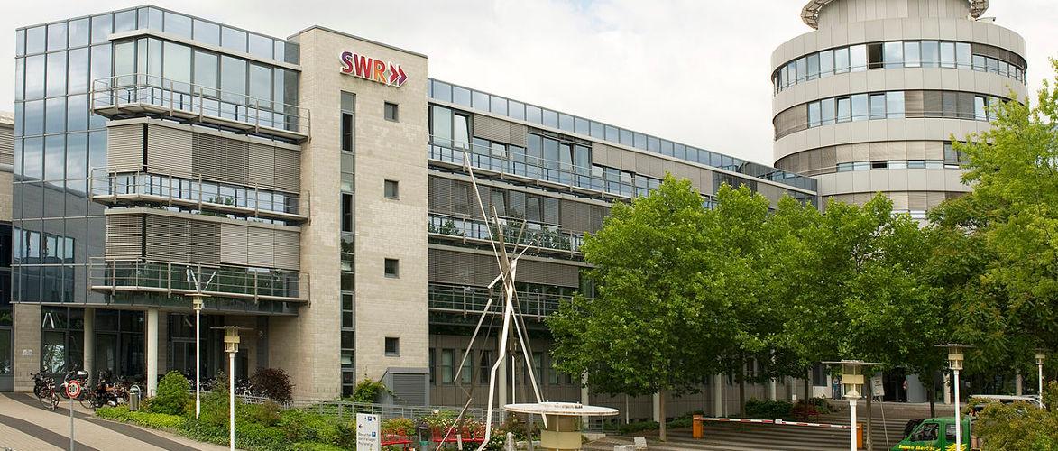 Fall Skambraks: SWR beurlaubt Kritiker | Von Paul Schreyer